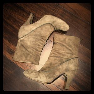 Fornarina Gray Suede Boots